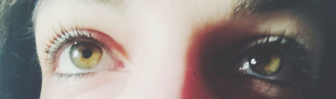 Cristal Gangsters Paradise Cheese! That's Me Real People Looking At Camera Human Eye Portrait One Person Close-up Lifestyles Eyelash Eyeball Indoors  Human Body Part Eyesight Day Hanging Out Outdoors Young Adult Front View THESE Are My Friends (null)First Eyeem Photo My Best Photo 2015