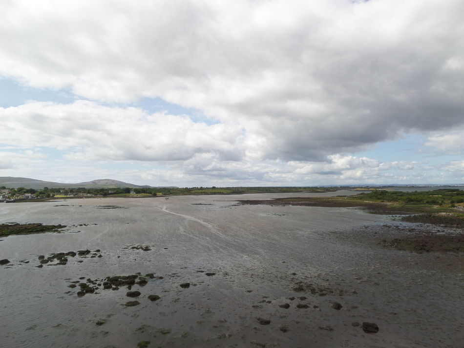 Ireland beauty. Atmospheric Sky Beach Photography Clouds And Sky Fanore, Ireland Horizon Ireland🍀 Kelp Landscape_photography No Filter, No Edit, Just Photography Ayeshea Bah Fresh On Eyeem  EyeEm Gallery