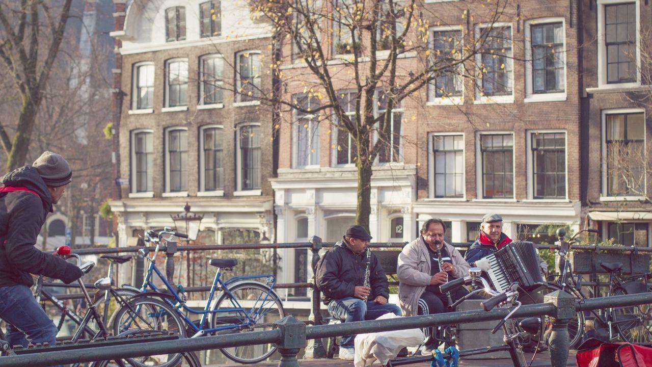Amsterdam Amsterdamcity Amsterdam Canal Amsterdamwest Amsterdamse Grachten Amsterdam City Jordaan Streetphotography Street Musicians Street Music