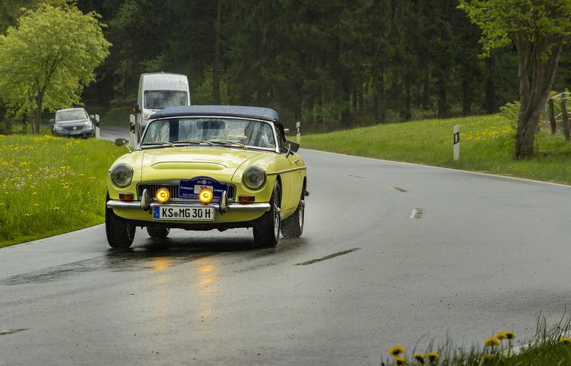 1969 Asphalt, C-Roadster, Car, Chrome Country Road, Green, Landscape MG  Oldtimer Sauerland Rundfahrt, Oldtimer, Ps Rain, Raindrops Paint The Town Yellow