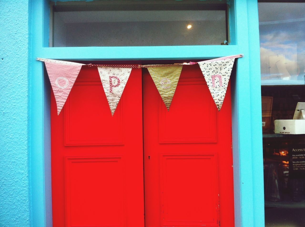 Colorful Open Entrance in Scotland Colour Everywhere Everyday Joy of an open door