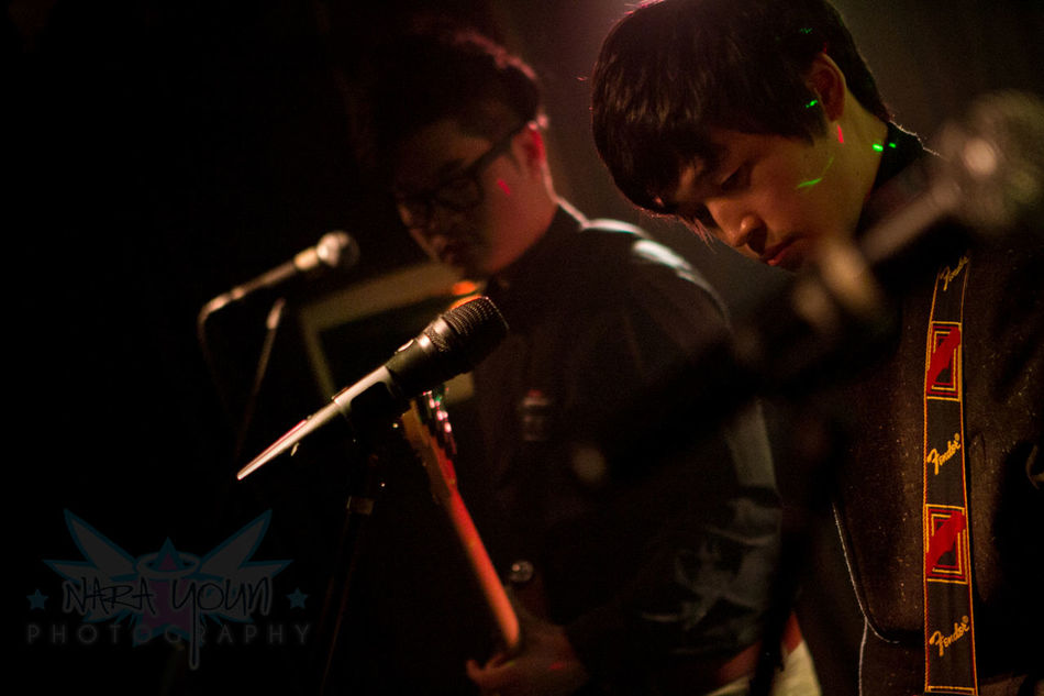 Capture The Moment Nara Youn Photography Oonaraoo Korea The Puppies  Concert Photography Band Soundtrack Of Our Lives
