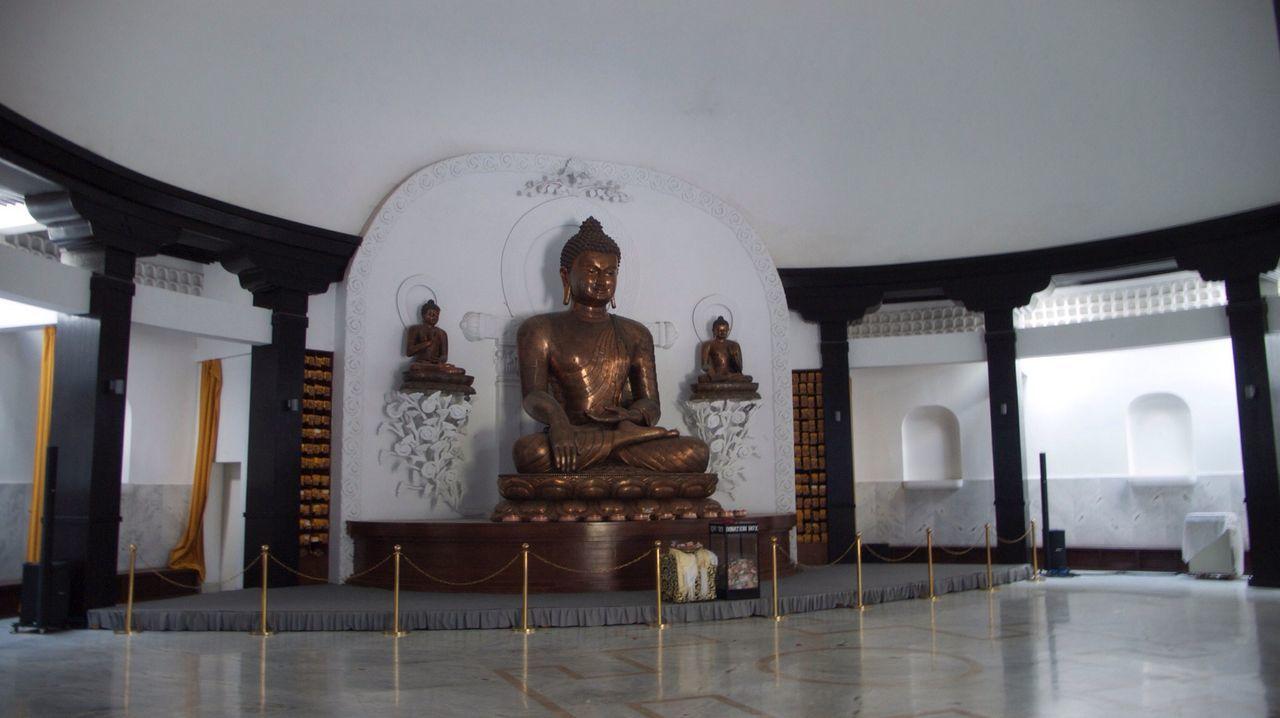 Nepal Buddha Buddha Statue Shrine Buddism