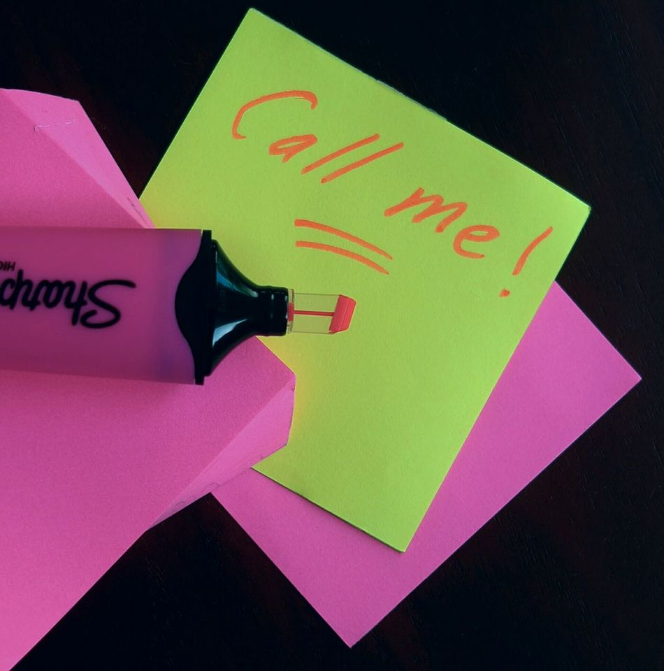 Millennial Pink Post It Paper Text Sharpie Pink Color Message Communication Long Goodbye Art Is Everywhere EyeEm Diversity
