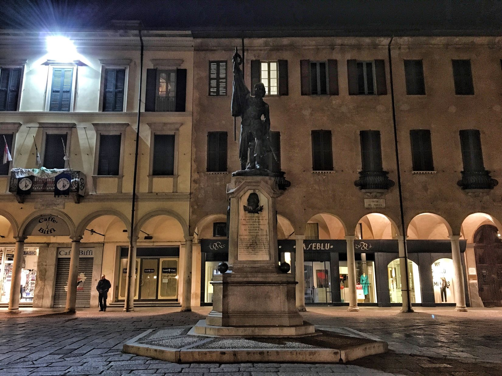 Varese Varesetheplacetobe Architecture Building Exterior Travel Destinations Day Outdoors Sky City Statue Built Structure History