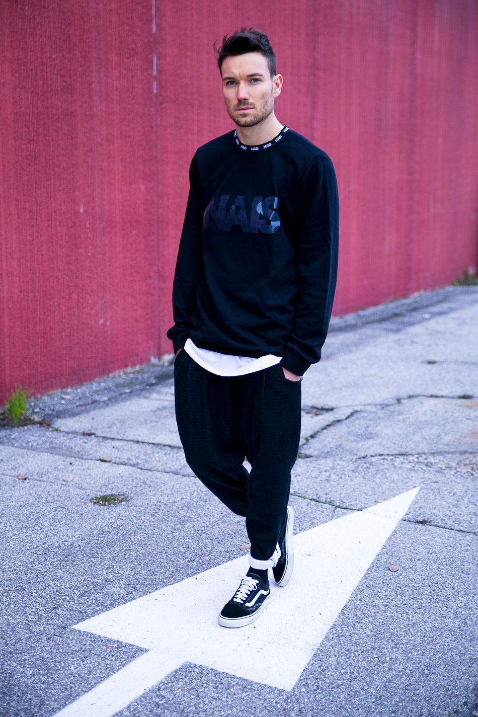 Man Model Modelling Nais Red Street
