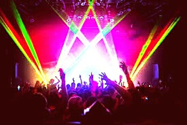 Electronic Music Shots Fanshot LiveEDM Sickdrops Lightandcolourful