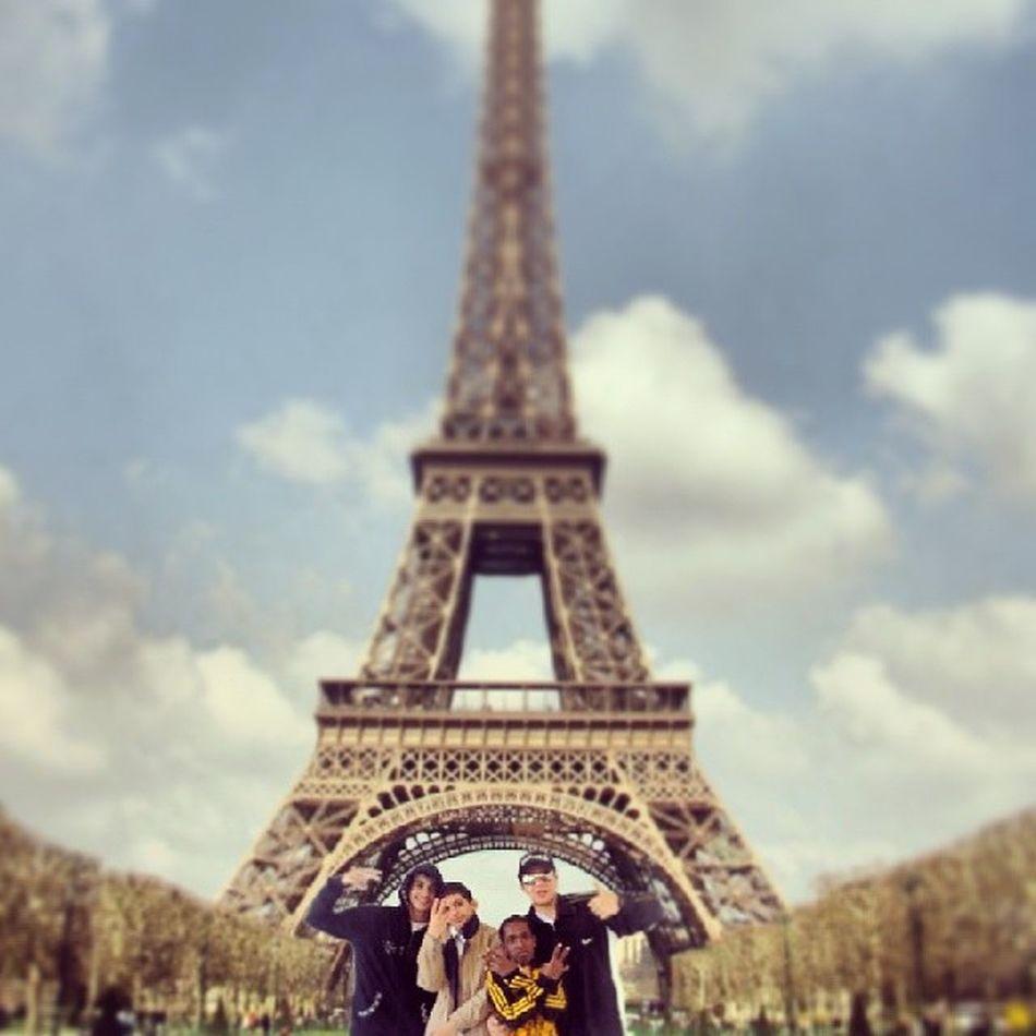 @abdo_spiro @_elsherbiny_ @omarcrownsolo Paris Evil_tower