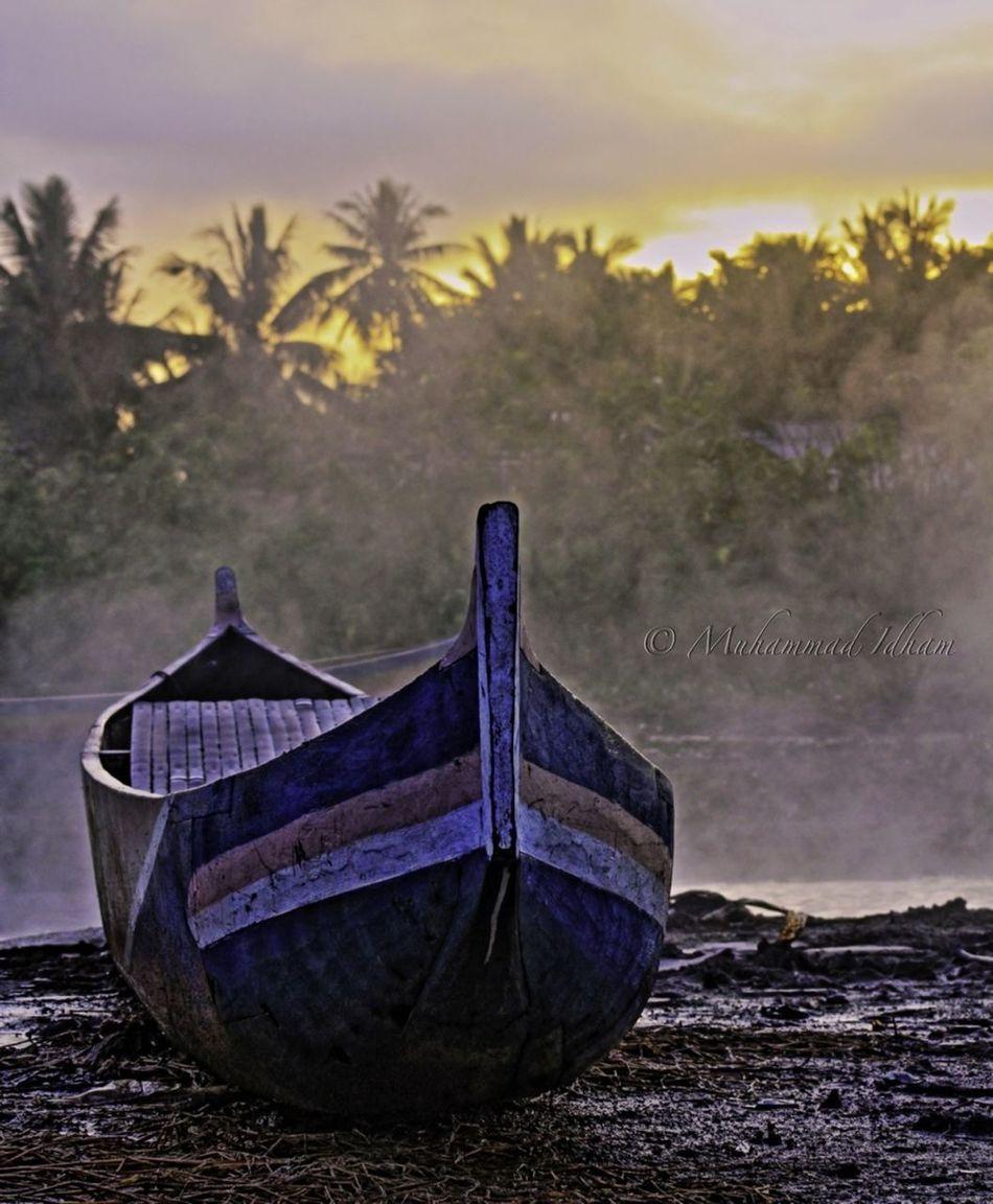 Parked place: lake limboto - gorontalo Stillife EyeEm Indonesia Indonesia Banget EyeEm Best Shots