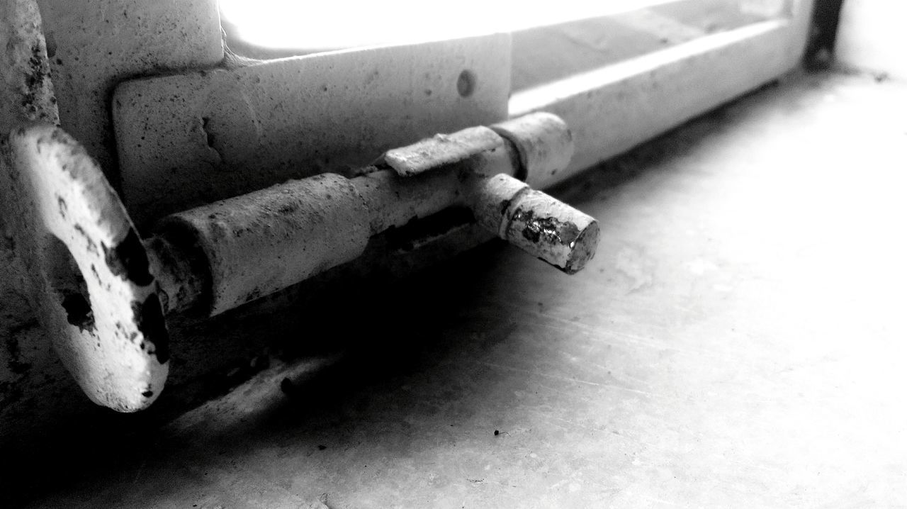 high angle view, no people, pipe - tube, day, close-up, outdoors