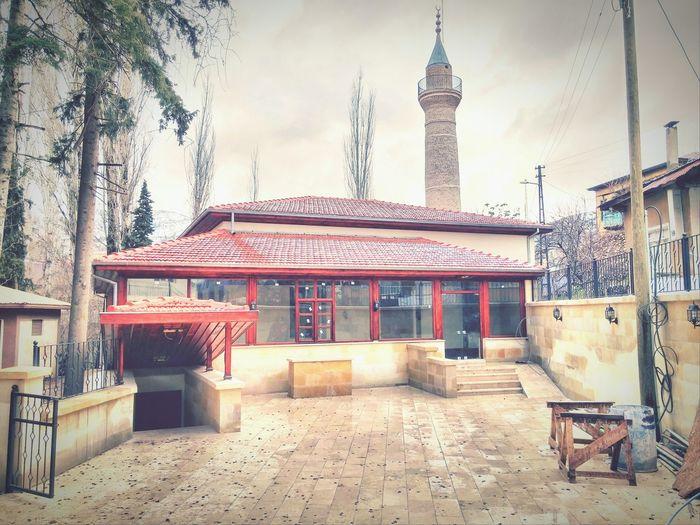 Saimbeyli Eyem Best Shots EyeEm Turkey Mosque Sektör Yapım Nature Street Art Nature_perfection Uzun Ince Bir Yoldayım