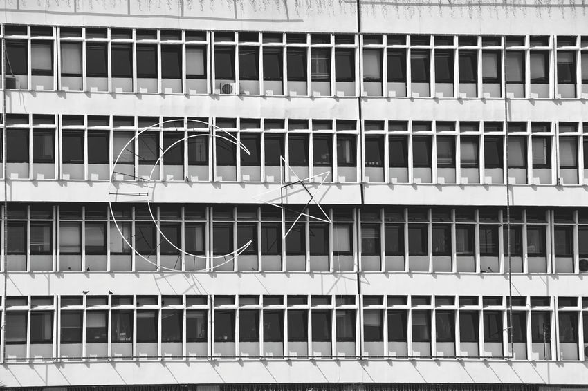 Urbangeometry Streetphotography Windows Ontheroad Turkishfollowers Cityscapes Hello World City View  Izmirlife Izmirkordon