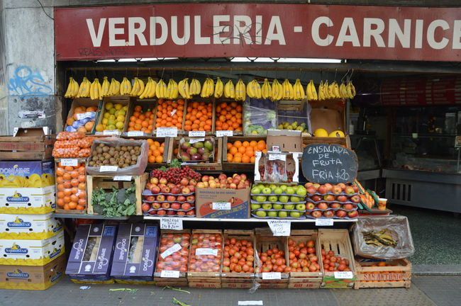 Abundance Argentina Banana Choice Collection Comida Day Display First Eyeem Photo Food Food And Drink For Sale Freshness Information Sign Large Group Of Objects Market Non-western Script Retail  Street Photography Streetphotography Summer Text Variation Vegetables Vendor