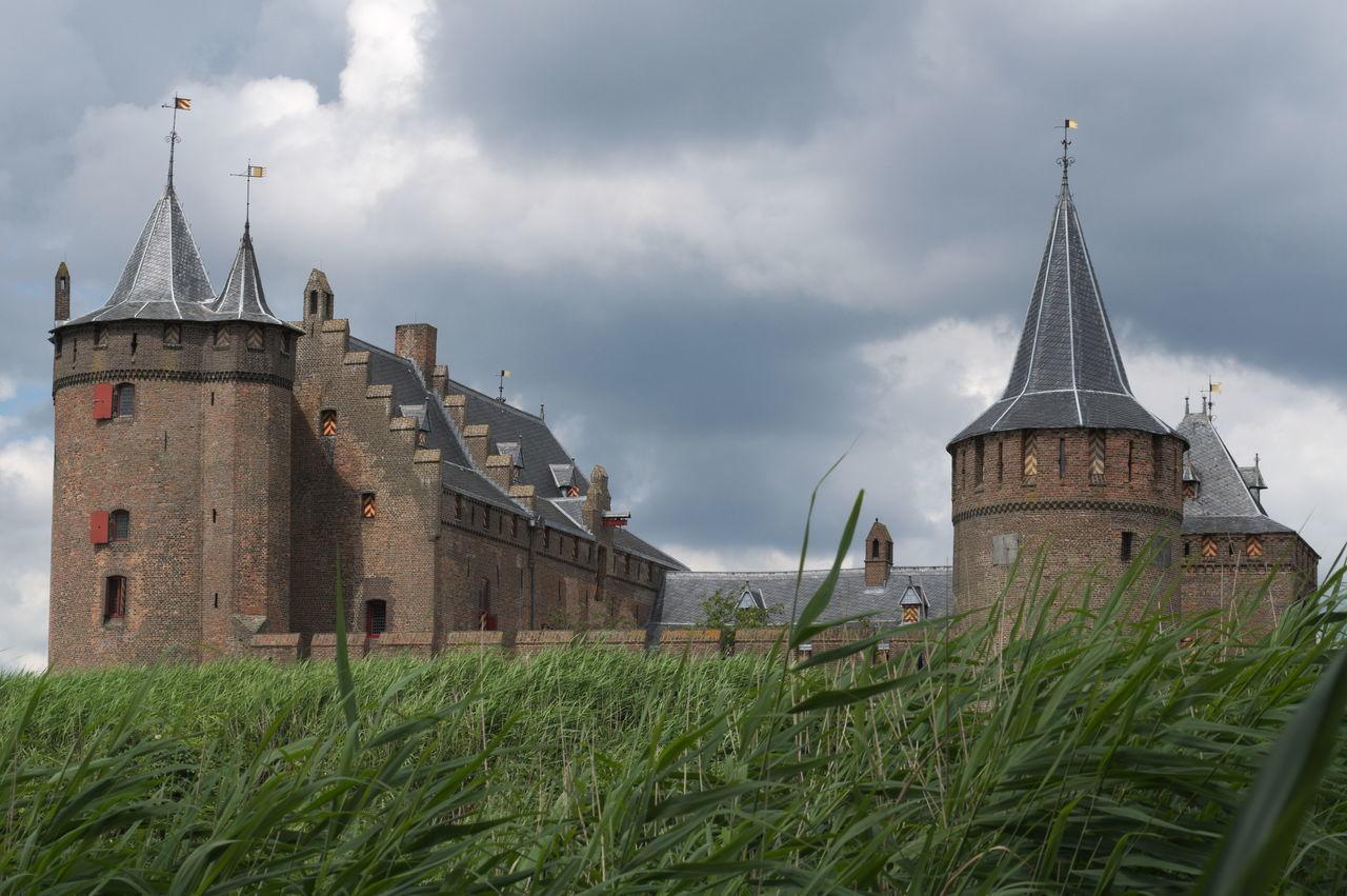 Architecture Building Exterior Built Structure Castle Cloud - Sky Green Color Middle Ages Muiden Muiden Castel Muiderslot The Past Tourism Travel Destinations