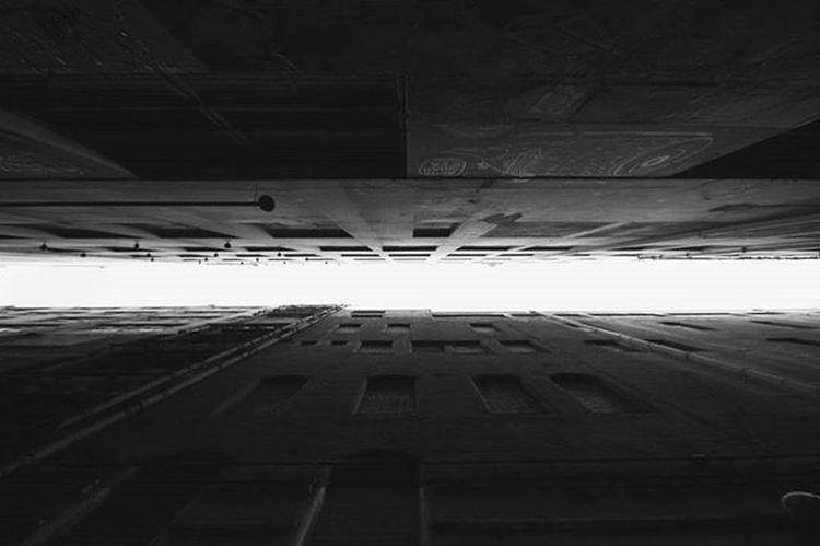 NEW DIVIDE. VSCO Vscocam Vscocamphotos Vscoaustralia Vscomelbourne Justgoshoot Picoftheday Instagood Canon Sigma Monochrone Blackandwhite Blackandwhitephotography Buildings Architecture Blackandwhiteisworththefight Melbourne Melbournecbd Melbourneiloveyou Melbonpix Lane Laneway Melbournelaneways Symmetrical Symmetricalmonsters divide newdivide linkinpark