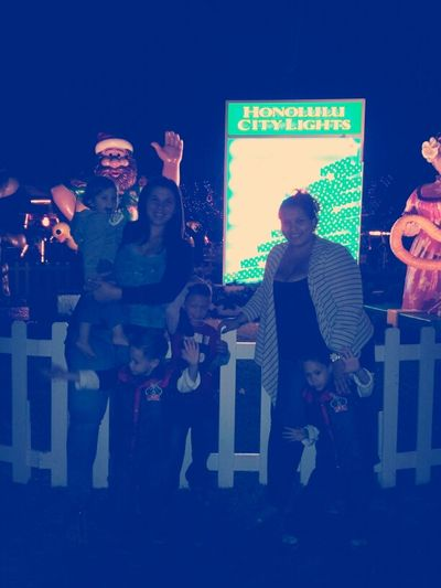 Honolulu City Lights... With Thee Sister And Little Bruffters FUN(: