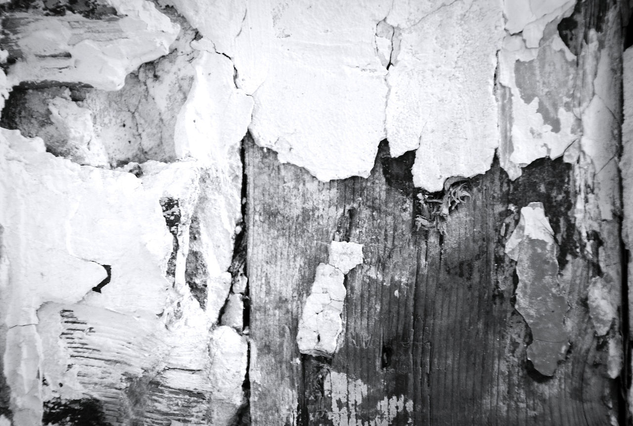textured, backgrounds, full frame, weathered, cracked, pattern, rough, close-up, paint, no people, built structure, destruction, day, indoors, architecture
