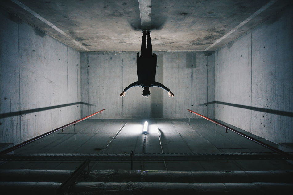Beautiful stock photos of goodbye, Room, bizarre, breaking New Ground, ceiling