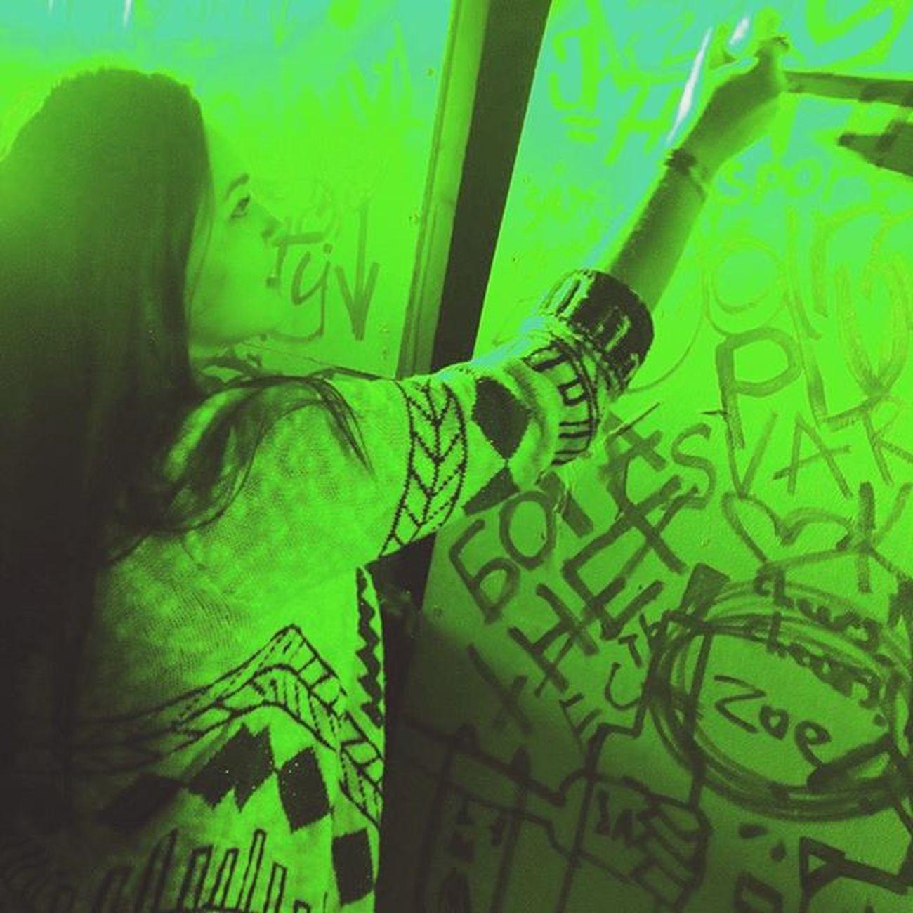 Кислота вечеринка хулиган рисую оставляюследы Jameson Art Green Night
