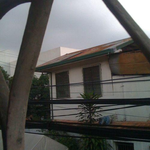 Kanina lang maaraw ngayon kulimlim na .. Globalwarming Climatechange Saturday Afternoon stillawake lastnytshift addict