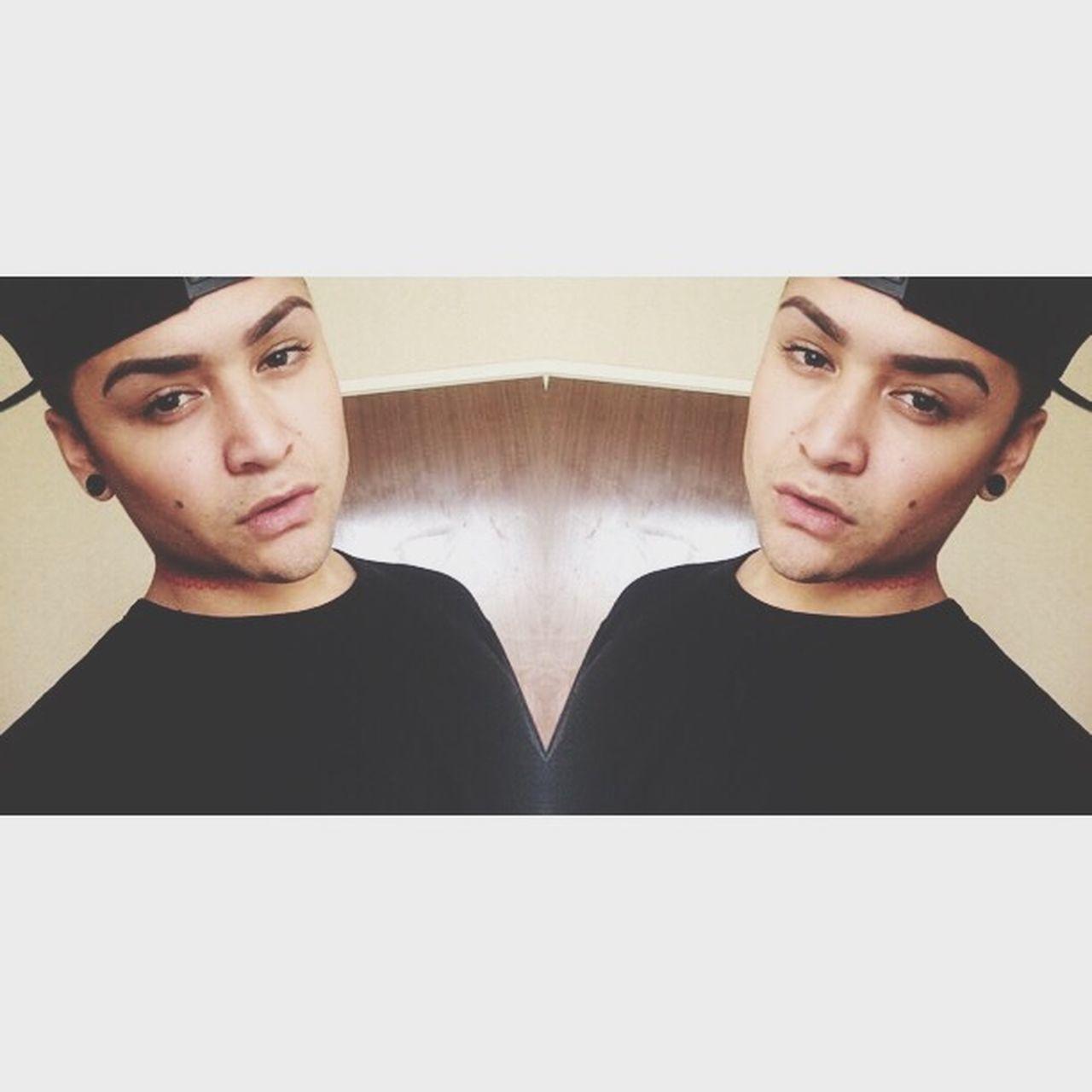 Selfiee Browgame Gay Makeup