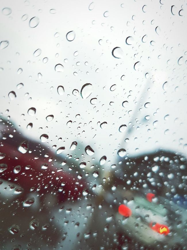 Rain drops by regina lacson Dramatic Angles. Angles.Eyeem4photography Dramatic Angles Dramatic Angle Raindrops RainyDay