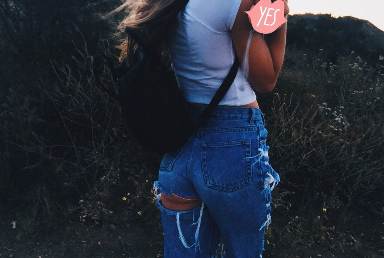 this b me 🌸 One Person Real People Jeans Standing Casual Clothing Day Lifestyles Nature Outdoors Sunset Beauty In Nature