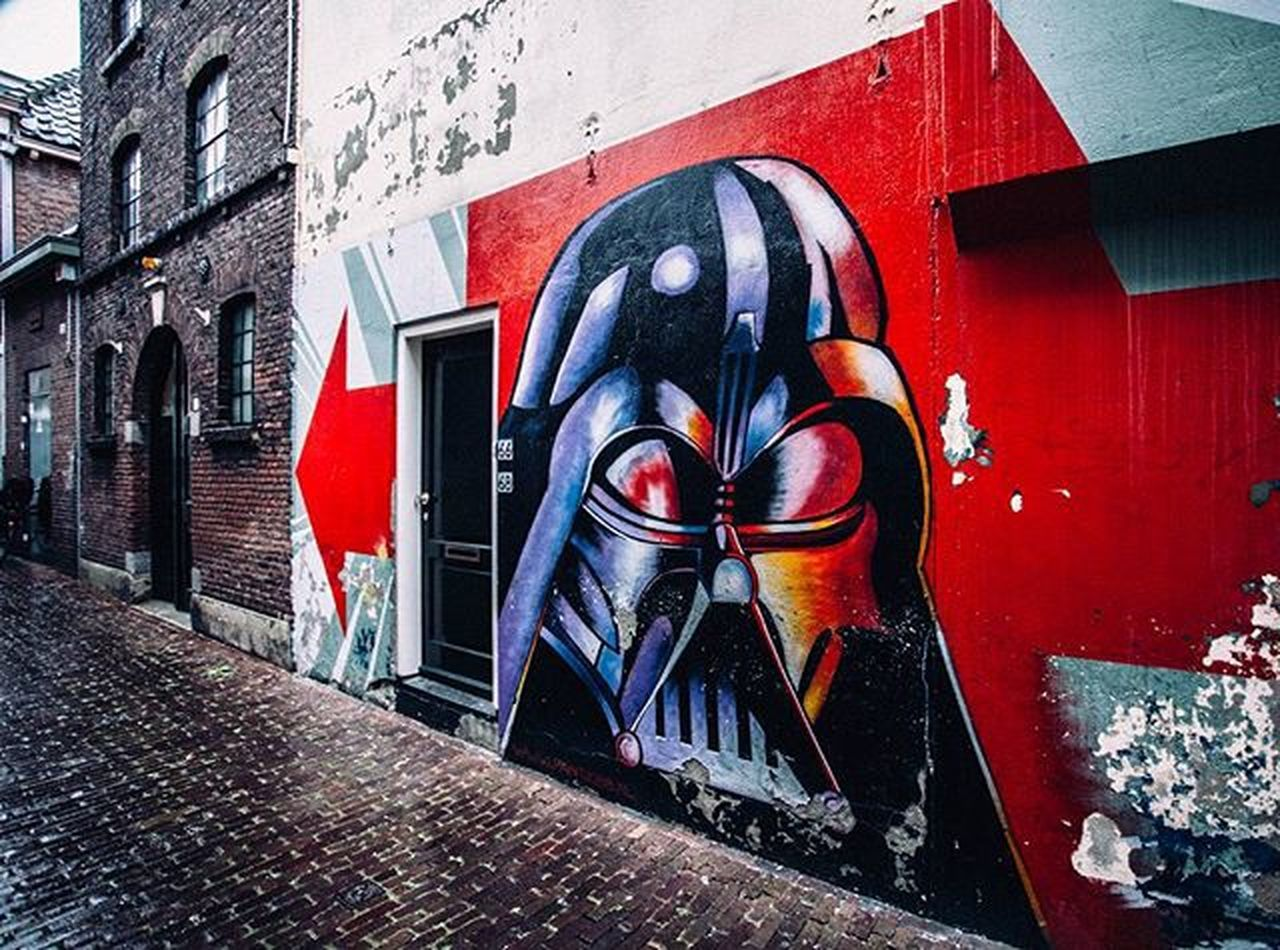 creativity, building exterior, architecture, art and craft, built structure, graffiti, street art, outdoors, red, day, multi colored, no people, painted image