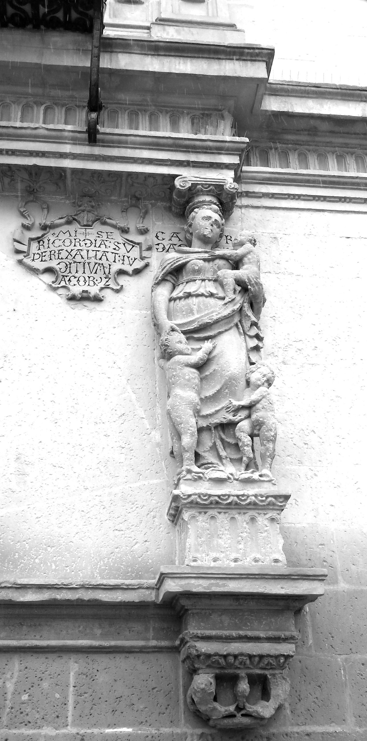 Human Representation Statue Sculpture No People Day Outdoors Baeza ❤ Baeza Ubeda Baeza Renacimiento Renacimiento Giennense Renacimiento Español La Loma Jaén