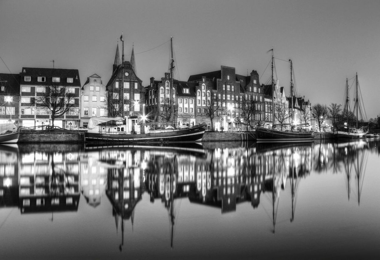 Night Reflection Illuminated Architecture Building Exterior Water No People Outdoors City Travel Destinations Built Structure Sky Cityscape Nautical Vessel Nature EyeEmNewHere Naturelovers Eye4photography Lübeck City Blackandwhitephotography Bnwphotography Blaco Y Negro