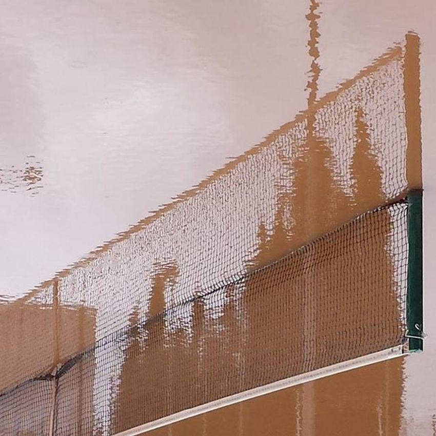 Sensefiltres Nofilters DelRevés EfecteMirall EfecteMirallNatural Pista Tennis Aigua Toll Arbres