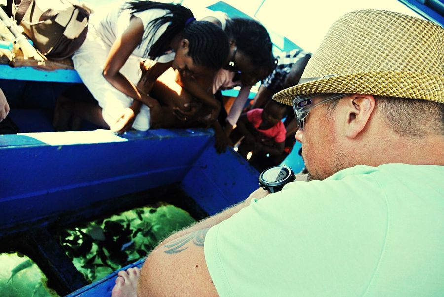 Learn & Shoot: Layering Live To Learn Holiday On The Way Boat Glass Bottom Boat Fish Diani Beach Site Seeing Sea