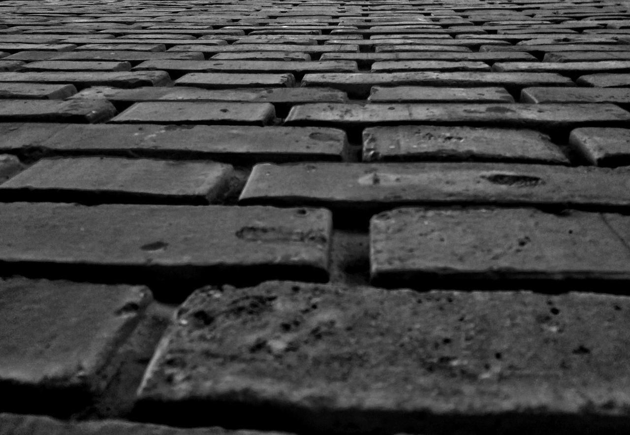 Backgrounds Pattern Close-up Brick Brick Wall Brickwork  Brickporn Brick Building Brickwall Bricks Blackandwhite No People Monochrome Photography Bw_lover Monochrome Bw Bw_collection Black And White Photography BW Collection