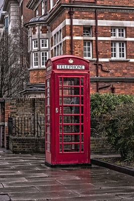 Telephone Box by ben.b