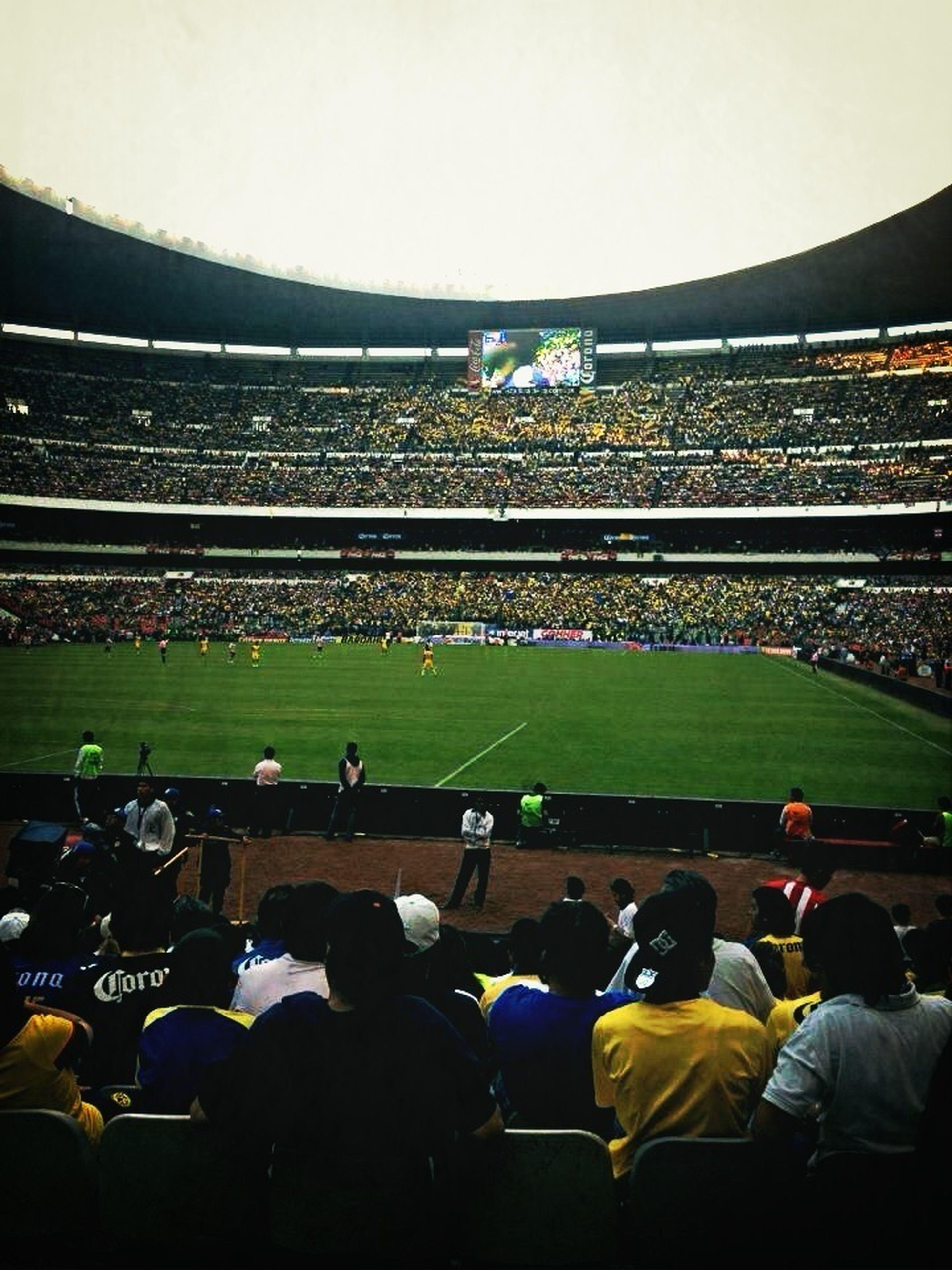 Wen I Went To El Estadio Azteca