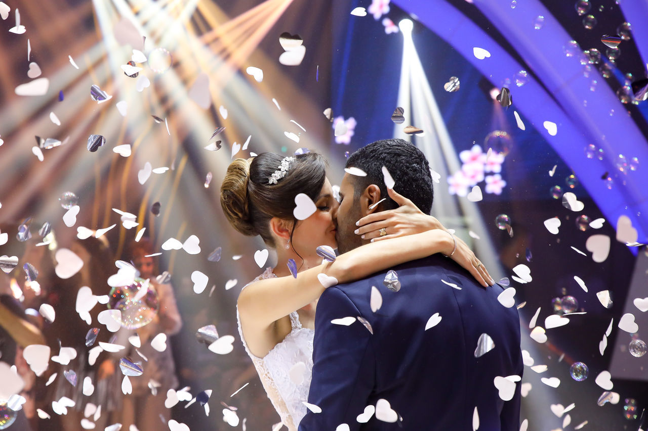 Confetti Togetherness Enjoyment People Celebration Two People Happiness Eyestoriestudio Canon 5d Mark Iv Summervibes Live For The Story EyeEmParty - Social Event Love Wedding Sound Of Life Wedding Party Dance Wedding Day Smiling Excitement Fun Popular