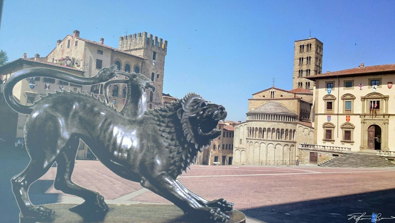Urban Spring Fever Old Town Piazza Grande Chimera Etruria Z3 Xperia Arezzo Italy🇮🇹 Arezzox Cut And Paste