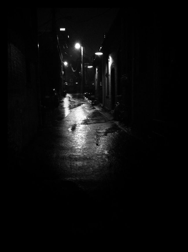 Late night walk in the rain. Blackandwhite Asheville Rain