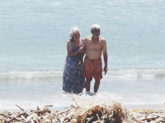 """Reminds me of """"The Notebook"""". Grandparents Oldiesbutgoldies Life Is A Beach Sea Life California True Love Merong Forever"""