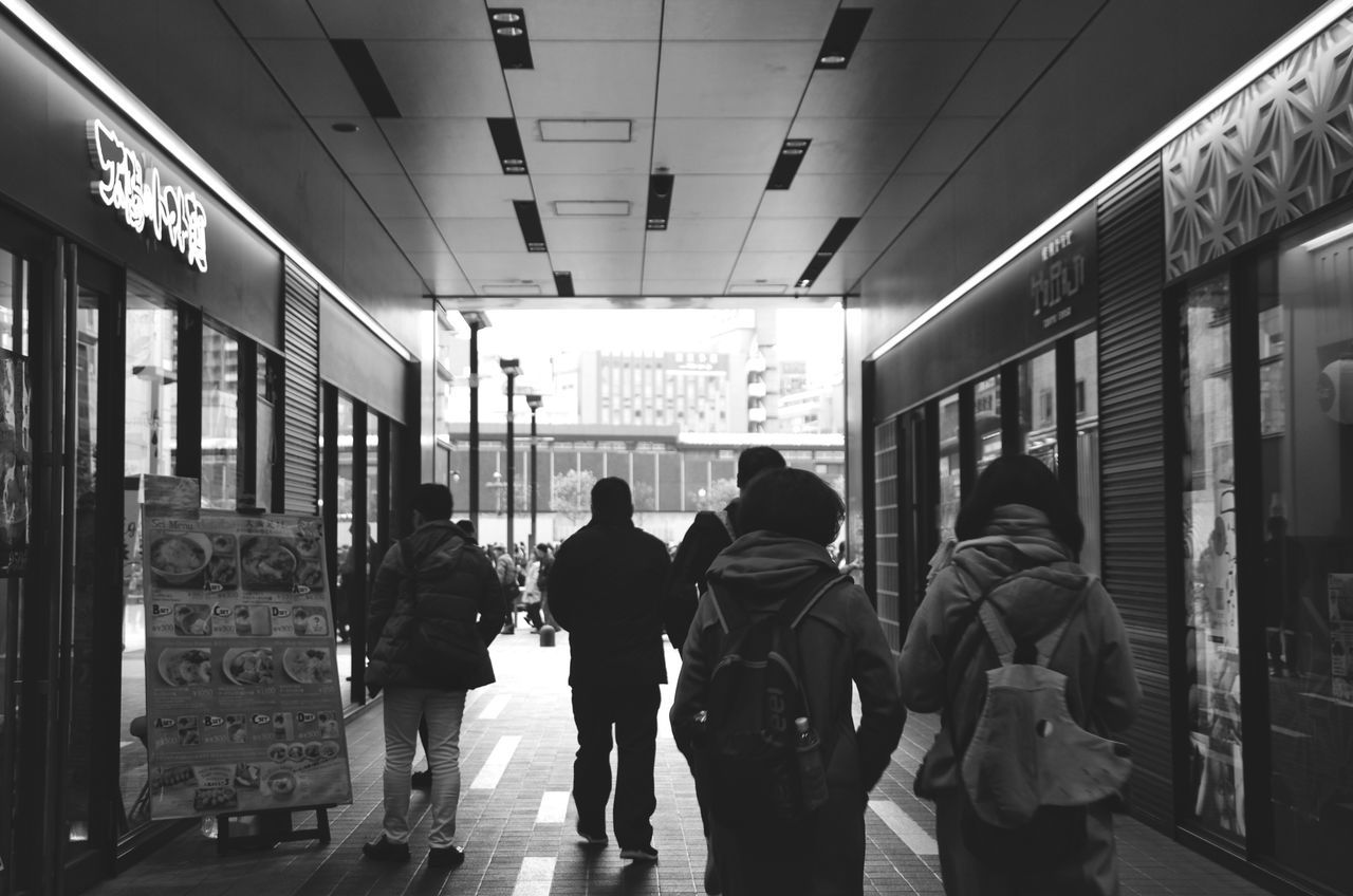 Real People Men Rear View Standing Women Full Length Large Group Of People Public Transportation Indoors  Day Adult People SHINJYUKU Japan