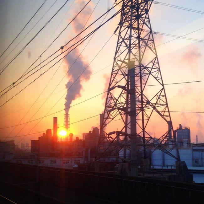 Urban Geometry Sunrise High Voltage