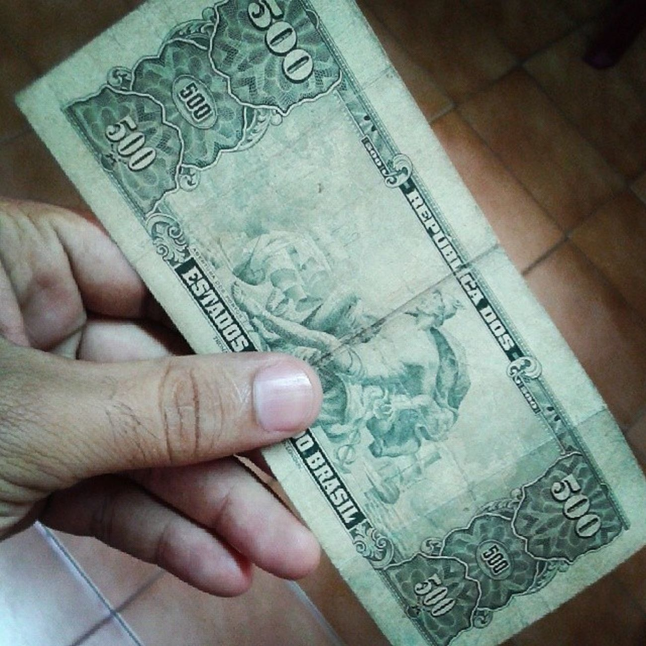 Olhem o detalhe do verso da nota... parecia dólar... EstadosUnidosDoBrasil