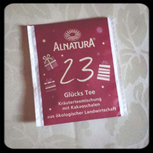 Ich bin ja bekanntlich nicht so der Fan von Schokotees... Der ging einigermaßen... Tea ALNATURA