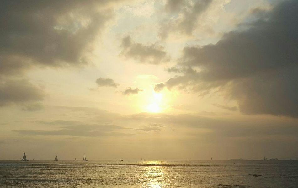 Hello World Sailboats Sunset Enjoying The View