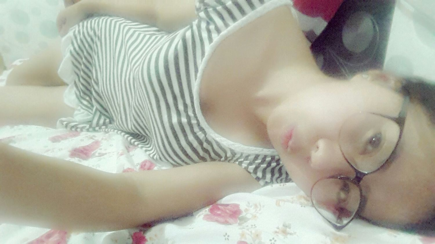 Relaxing Time Still Studying Tired Eyes  Tiredface Wannasleep Good Night And Have A Good Day