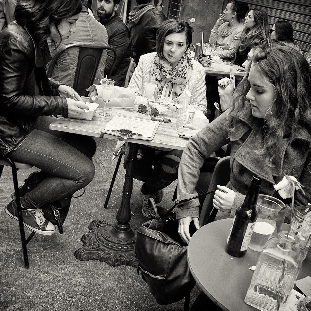 Maltby Street Looking At Camera Beautiful Woman Streetphotography Streetphoto_bw Leicacamera Darkheartofeurope Togetherness Real People Young Women Women