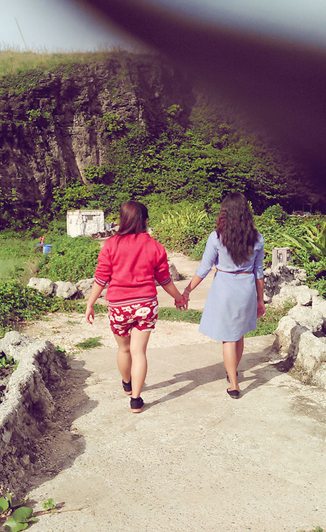 Cousin love. Togetherness Bonding Love Family Holding Hands Photoshoot ♡ Beautiful ♥ Cousintime