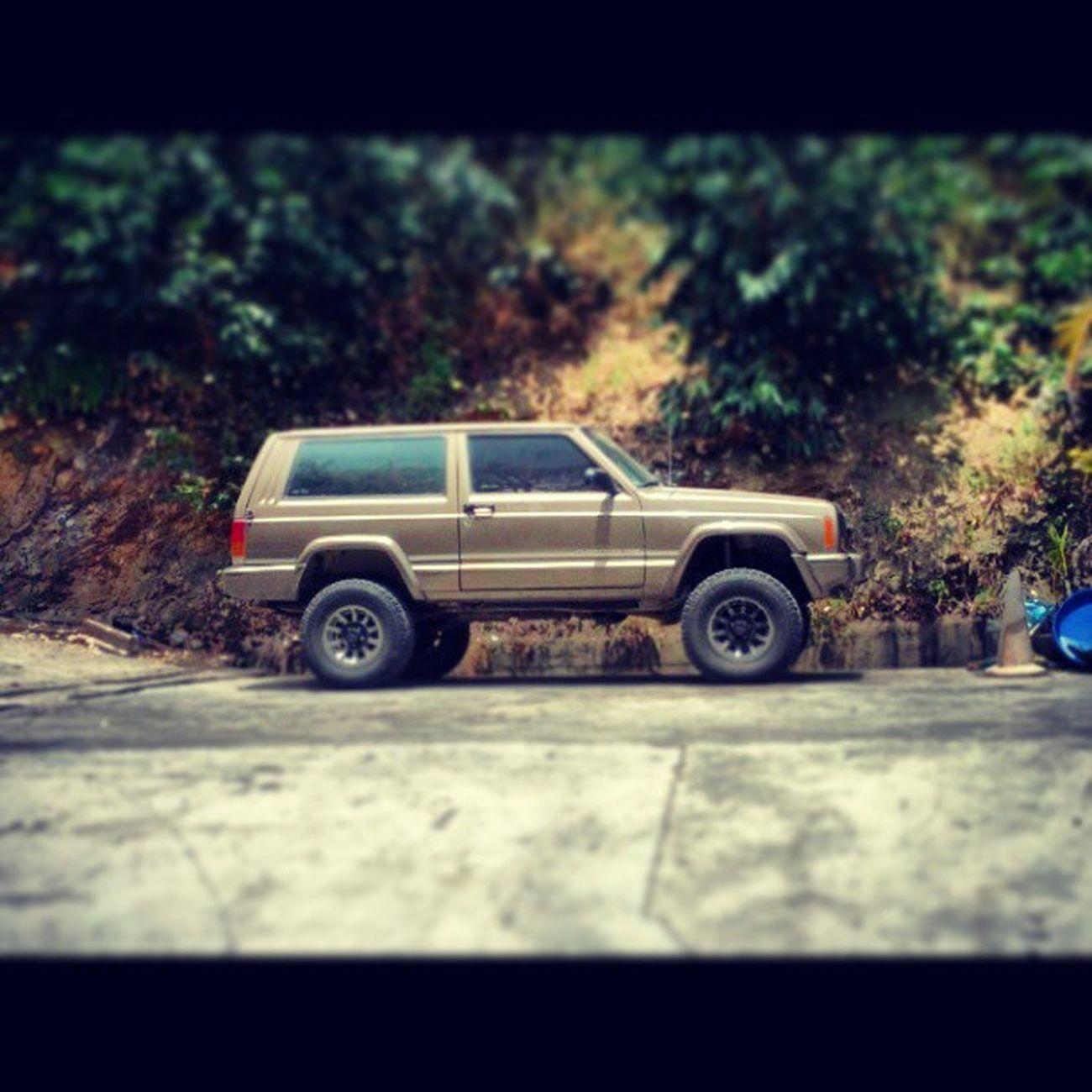 Jeepy Jeep Cherokee 4x4 Allterrain @renenova