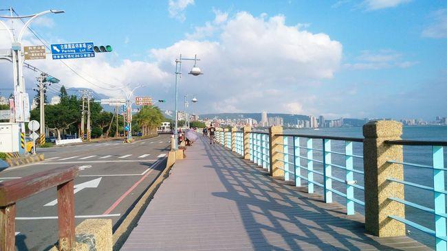 Walk along in Tamsui, Taipei. 淡水,滬尾炮台,雲門劇場山腳下。像日系電影場景 Taipei Taipei,Taiwan Seaside Tamsui Tamsui Taiwan Tamsui River