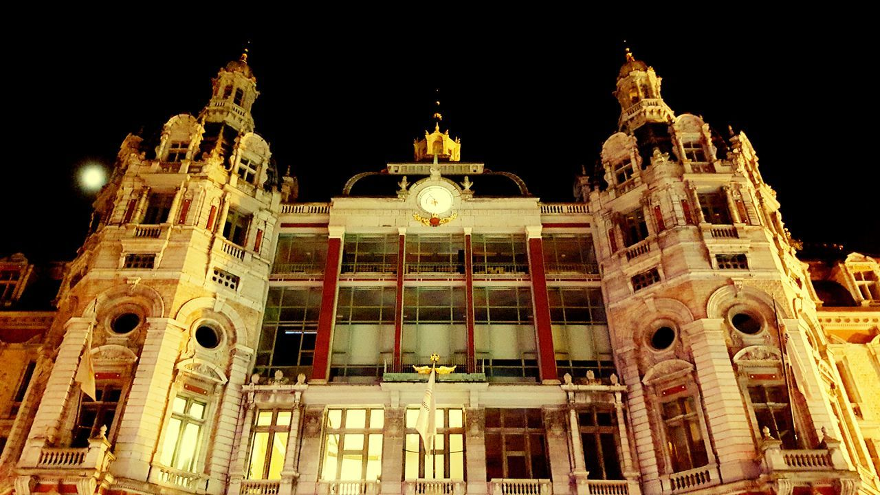 Freelance Life Freedom Living The Moment Capture The Moment Snapshot Dont Miss It Must See Building Check This Out Photography Street Streetphotography View Calm Weather Antwerpen Antwerp Antwerp, Belgium Nightwalk